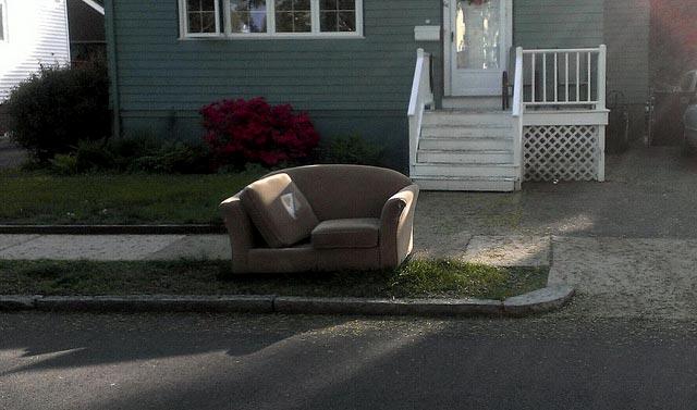Sofa FREE!  https://flic.kr/p/npJT4n
