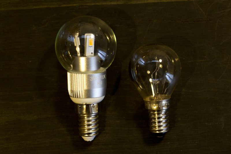 LED電球 E14 白熱電球 E14