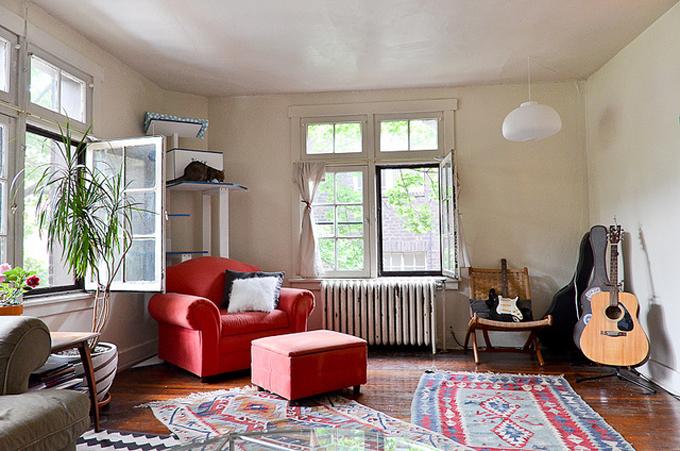 Living Room (7/2013)  / Photo ris