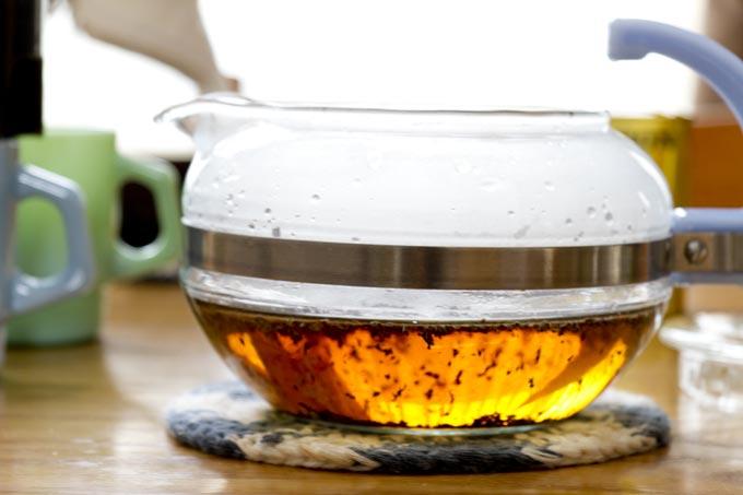 オールドパイレックス フレームウェアティーポットで紅茶をいれてみます