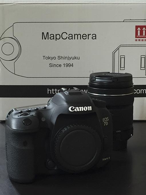 マップカメラで購入した中古のデジタル一眼レフカメラ