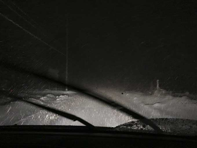 ハンコック スタッドレスタイヤで大雪警報の関ヶ原へ