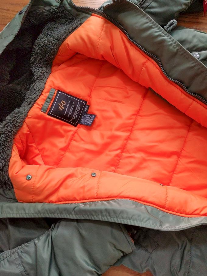 洗濯後のフライトジャケット