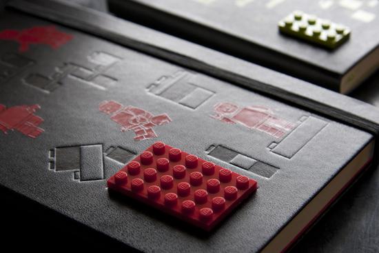 モレスキン 限定版レゴノートブック プレーン ラージ ポケット