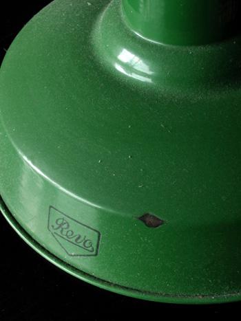 イギリスアンティークホーローランプの写真