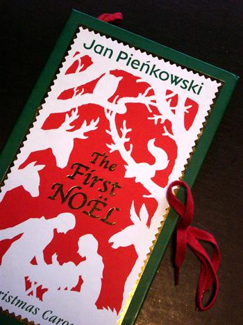 クリスマスの仕掛け絵本です